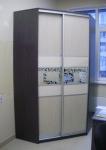 Угловой шкаф стандартной серии. Двери: ЛДСП, ротан, пескоструй. Стоимость 21800рублей